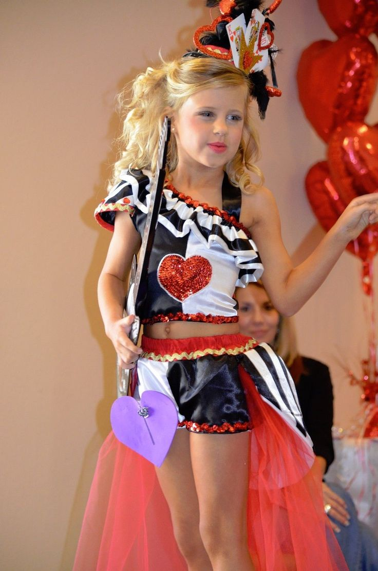 National Level Valentine Queen Of Hearts Pageant Ooc