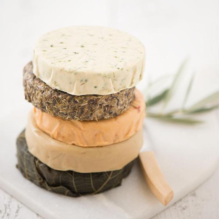 15 Of The Best Vegan Cheese Brands That Rival The Real Thing Vegan Cheese Recipes Best Vegan Cheese Food