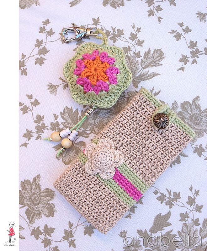 Beautiful crochet key chain and smart phone case  by Anabelia