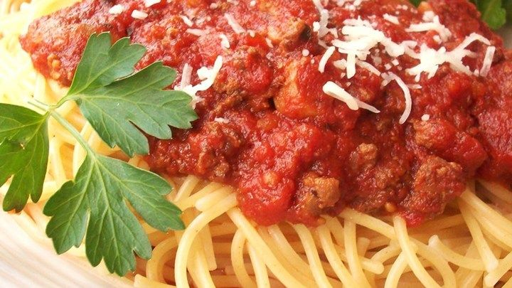 Meat-Lover's Slow Cooker Spaghetti Sauce - Review by Ashley