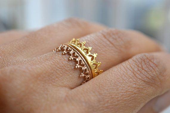 Image of Une couronne pour une reine vermeil