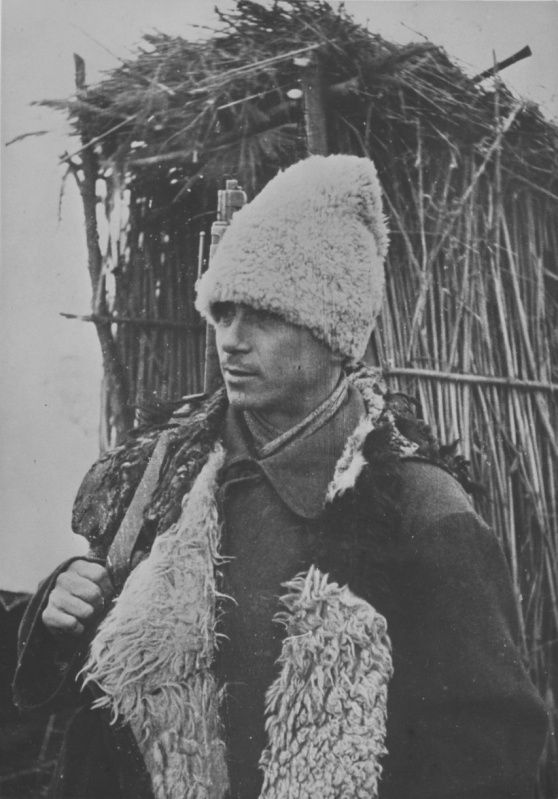 Dressed in a sheepskin Romanian soldiers on the Eastern Front.