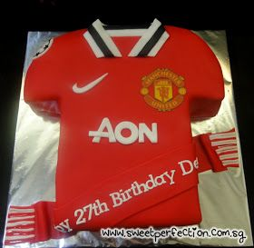 Sweet Perfection Cakes Gallery: Code MU02 - Manchester United Jersey Cake