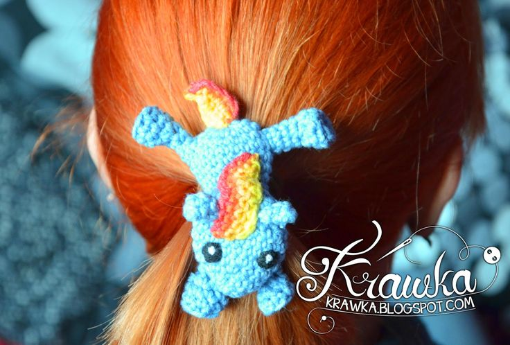 Krawka: Crochet hair clip - My little Pony - Rainbow Dash - free pattern to make it Yourself