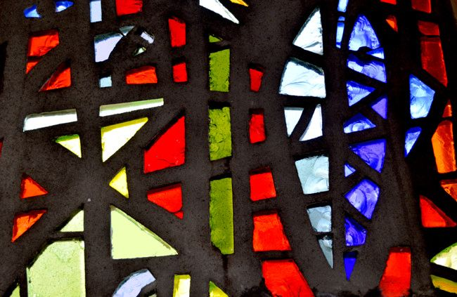 https://flic.kr/p/P6zHLW | Sadie Mclellan stained glass dalle de verre | Detail of a dalle de verre stained glass window by Sadie Mclellan(1914-2007). Killearn, Scotland.    The Terrible Crystal  by Hugh MacDiarmid.                           To Sadie McLellan (Mrs. Walter Pritchard)  Clear thought is the quintessence of human life. In the end its acid power will disintegrate All the force and flummery of current passions and pretences, Eat the life out of every false loyalty and craven…