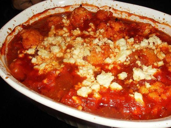 Kounoupithi (Gebackener Blumenkohl mit Feta-Tomaten-Sauce)   – YUM!