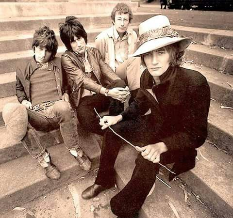 THE JEFF BECK GROUP: Jeff Beck, Ron Wood, Nicky Hopkins and Rod Stewart