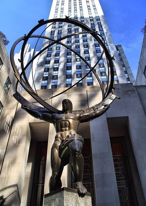 Atlas Statue At Rockefeller Center