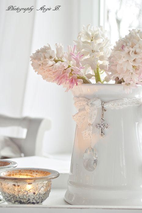 shabby chic #decor #shabbychic #white -  #home_design #home_decor #home_ideas #kitchen #bedroom #living_room #bathroom - http://myshabbyhomes.com/shabby-chic-decor-shabbychic-white/