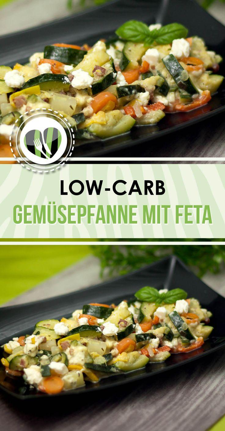 Die Gemüsepfanne mit Feta ist ein schnelles und leckeres Gericht. Das Rezept ist low-carb und glutenfrei.