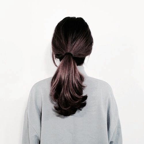30 Gorgeous Christmas Hairstyles To Brighten Your Holidays Hairstyle Hair Styles Long Hair Styles Short Hair Styles