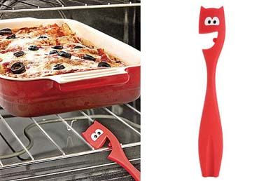 Gadget για να τραβάτε τη σχάρα του φούρνου