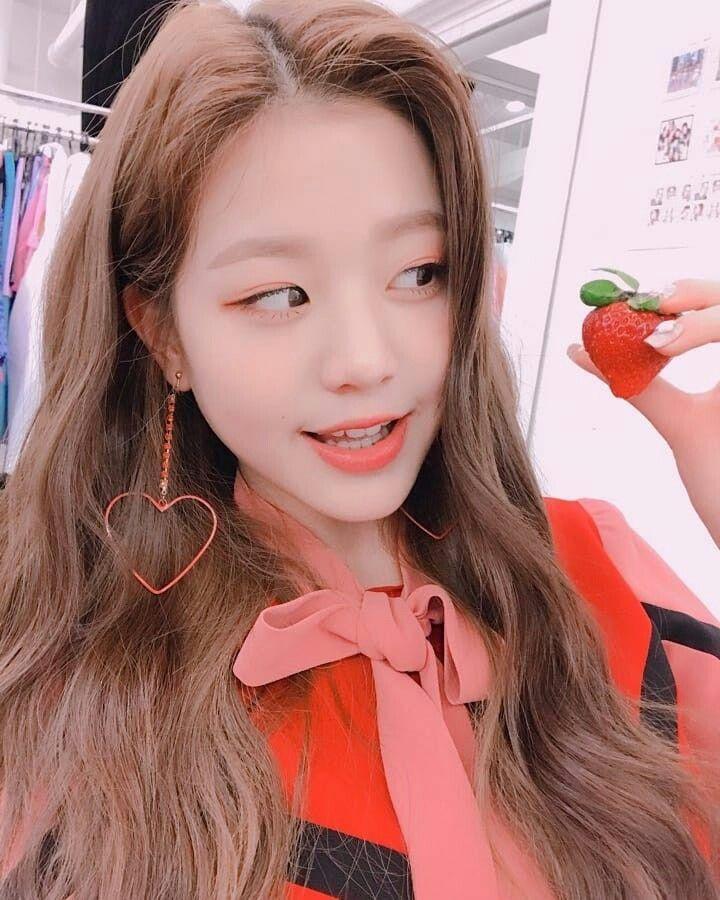 Pin Oleh Gessyca Corterr Di 2004 Gadis Korea Entertainment Wanita