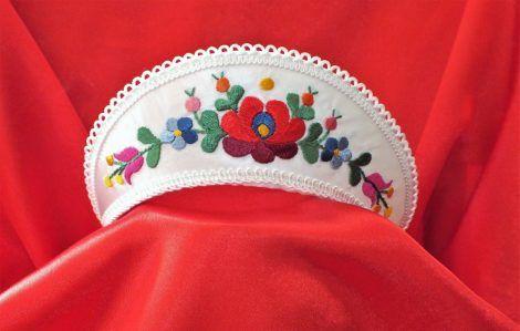 Hungarian headdress-matyó  https://hagyomanyorzobolt.com/en/spd/419332/Hungarian-headdress-matyo