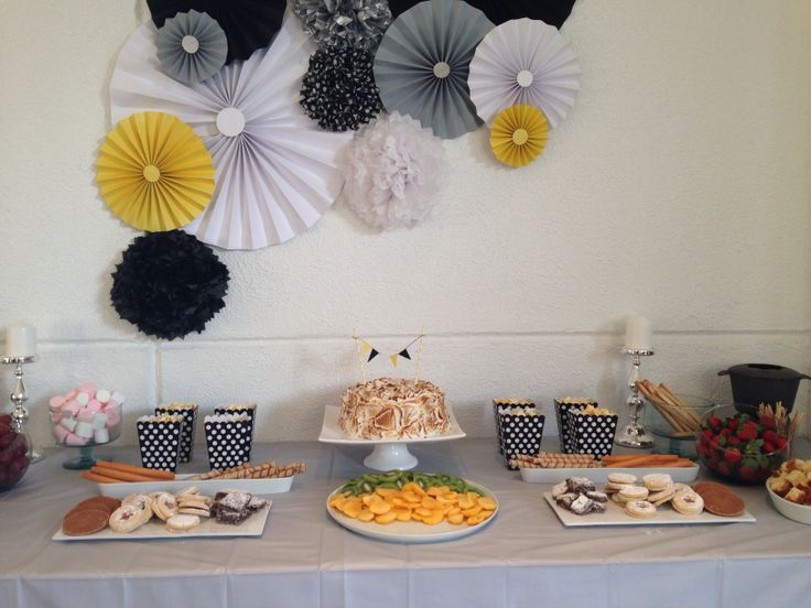 18 best images about fiesta blanco y negro on pinterest for Decoracion postres