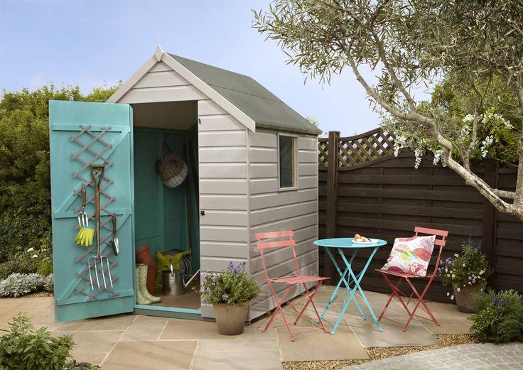 I love this garden with shades of @Cuprinol UK's 'Forest Mushroom™'.