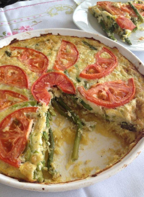 Asparagus Quiche with Spaghetti Squash Crust  #justeatrealfood #thesaffrongirl