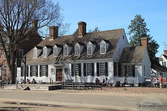 Dinner Wednesday at one of the colonial taverns in Williamsburg VA