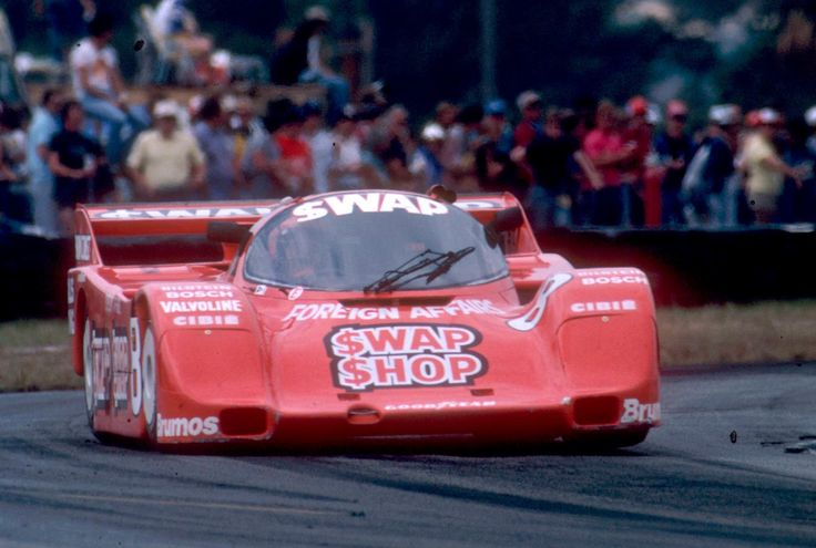 itsawheelthing:  The Swap Shop Porsche 962 of A.J. Foyt & Bob Wollek on its way to victory at the 1985Coca-Cola12 Hours of Sebring