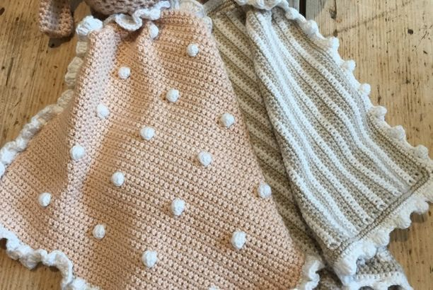 Crochet with Kate: Animal Taggy Blankets!