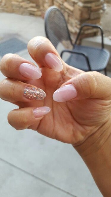 Almond shaped nails