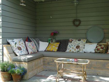 Gezellige loungehoek in de tuin tuin pinterest - Deco gezellige lounge ...
