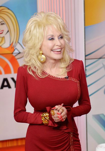 Dolly Parton Promotes Her New Album