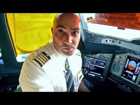 How to fly the world's largest passenger aircraft | Airbus A380 | Emirates Airline - YouTube