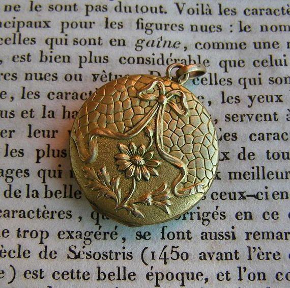 Pendentif ancien/pendentif Style Louis XVI/ Bijoux Plaqué Or