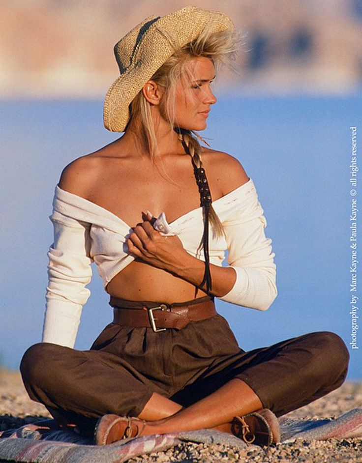 Yolanda Foster's Fierce Throwback Modeling Photos | The Real Housewives of Beverly Hills Photos