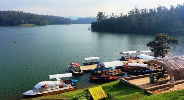 coimbatore ooty taxi - ooty car rental, coimbatore car rental, ooty taxi, coimbatore taxi, ooty tour packages, Munnar tour packages, Kerala House Boats, Kerala honeymoon tour, munnar honeymoon tour, wildlife tour, kodaikanal tour packages  Coimbatore taxi To Airport, Railway station car rental Ooty to Coimbatore Airport, Coimbatore One day Tour car rental.Coimbatore taxi To Airport, Railway station car rental Ooty to Coimbatore Airport, Coimbatore One day Tour car rental.