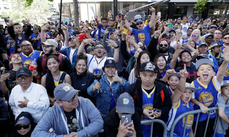 Warriors season tickets license good for business but bad for fans = Kevin Durant won't be the only one sacrificing money to be a part of a championship experience. The Golden State Warriors are striking while the iron is hot and laying out a complex financial plan to support a brand new.....