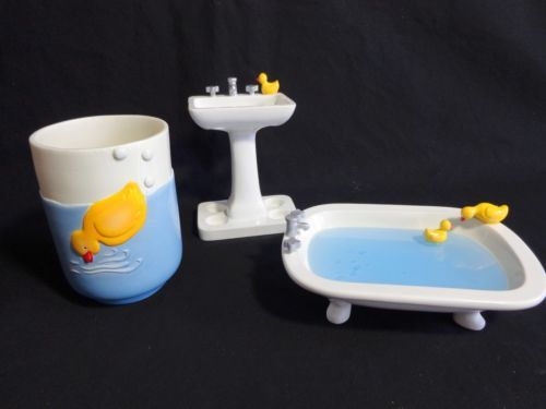 17 Best images about Rubber ducky themed bathroom on Pinterest ...