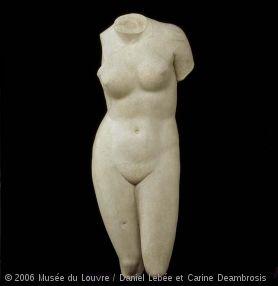 """Torse féminin du type de """"l'Aphrodite de Cnide''"""