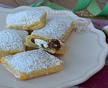 Ravioli fritti con nutella e mascarpone ricetta dolce