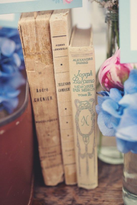 blue-and-pink-boho-chic-wedding-in-the-french-countryside-©anne-claire-brun021