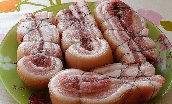 Ha te is szoktál szalonnát sütni, ezt a titkos sütési módszert neked is ismerned kell!
