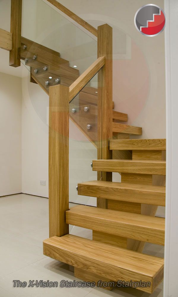 oak staircase that makes a statement