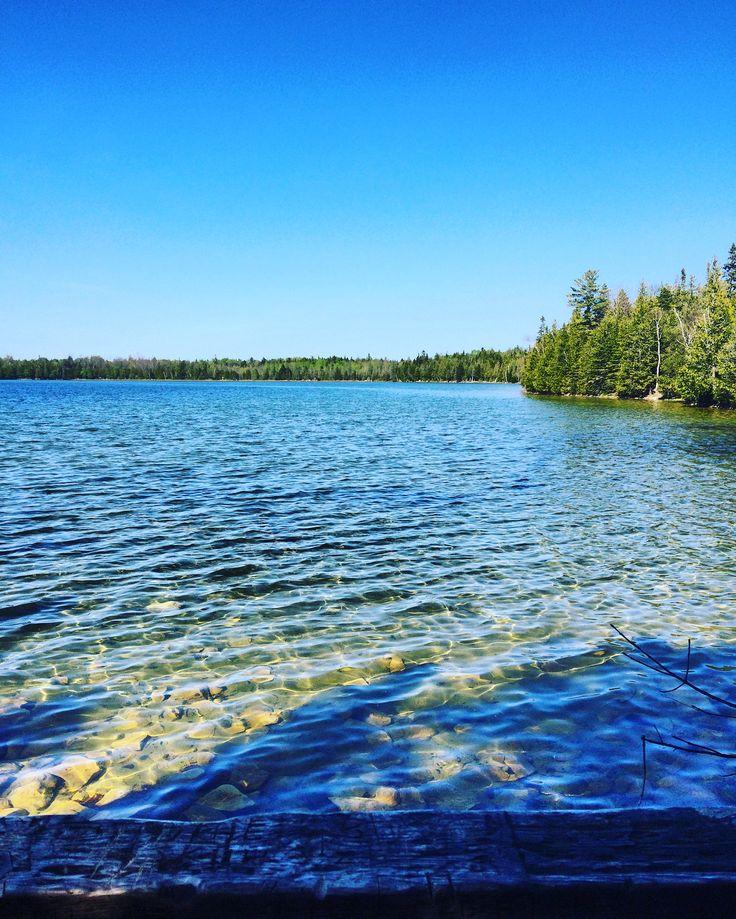 #tobermory #brucepeninsula #ontario #discoverontario #lake #water #photography #blueskies