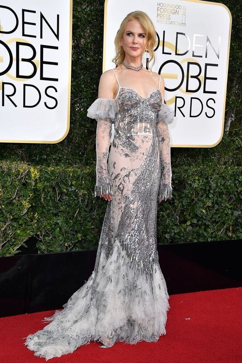 Nicole Kidman in Alexander McQueen and bijoux Fred Leighton #redcarpet #GoldenGlobes #2017