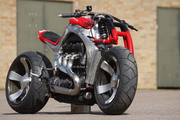Roger Allmond Triumph Rocket III Concept Bike http://TreyPeezy.com http://twitter.com/treypeezy