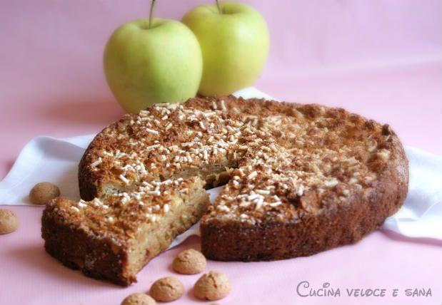 Torta di pane, mele e amaretti un dolce buonissimo, semplice ed economico, perchè preparato con...del pane raffermo con l'aggiunta di pochi ingredienti.