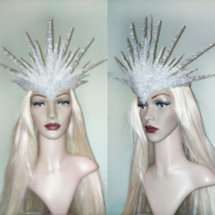 Fantasy Ice Snow Winter White north witch queen icycles crown tiara headpiece headband cosplay photo accessory carnival halloween costume de la boutique DeLorianCreations sur Etsy