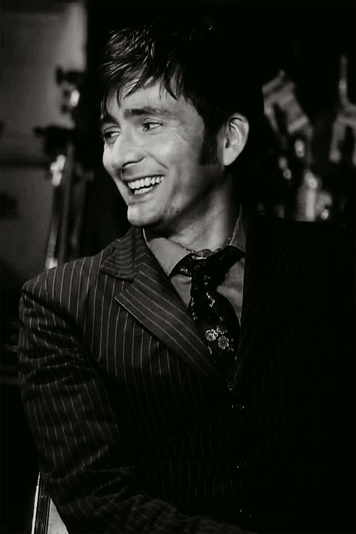 oh dear, has this become a David Tennant board? sorry not sorry.