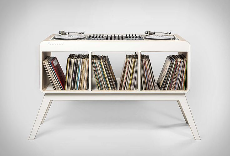 Un meuble retro pour vos platines et disques vinyles - #HighTech - Visit the website to see all photos http://www.arkko.fr/hoerboard-meuble-retro-platines-vinyles/