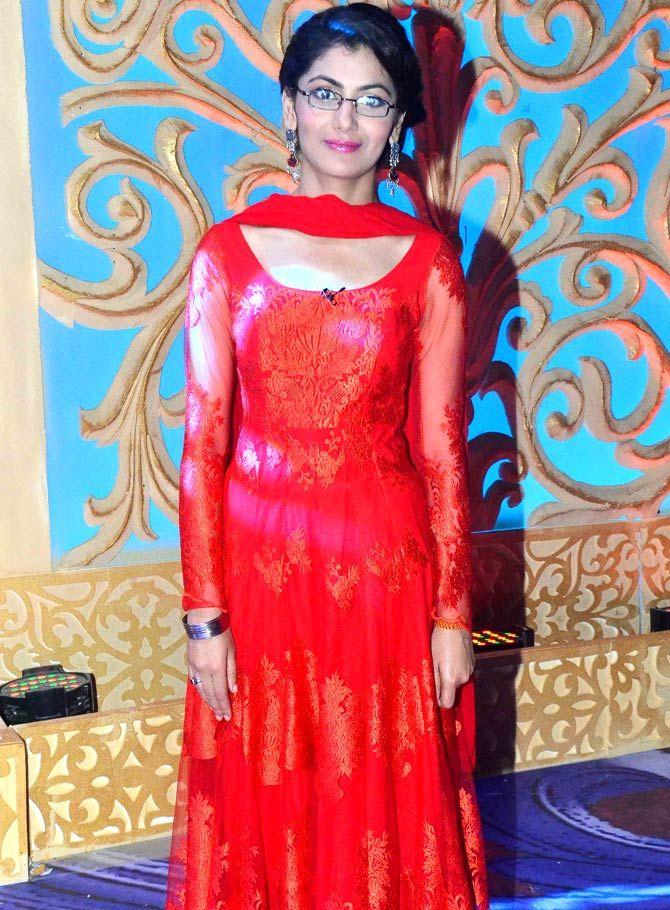 Sriti Jha on the sets of 'Kumkum Bhagya'. #Bollywood #Fashion #Style #Beauty #Hot #Cute