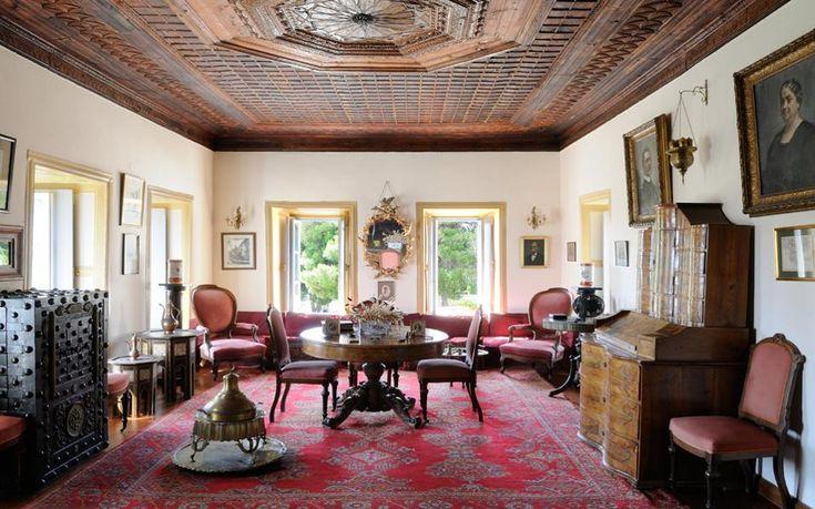 Μπουμπουλίνα: Φωτορεπορτάζ από το 300 ετών αρχοντικό σπίτι της στις Σπέτσες…