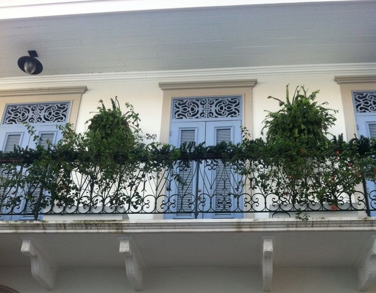 Balconies in Casco become gardens, social areas and more.