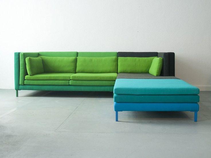 Photo de canapé coloré vert et bleu ciel d'angle et modulable →…