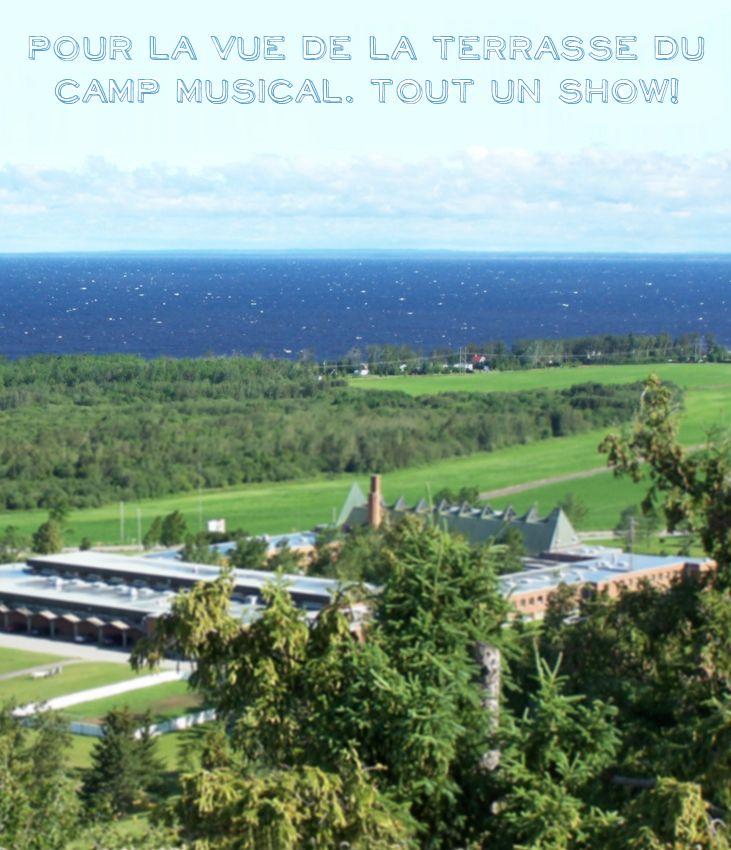 Raison #159 de visiter le Saguenay-Lac-Saint-Jean. Pour la vue de la terrasse du camp musical. #175raisons
